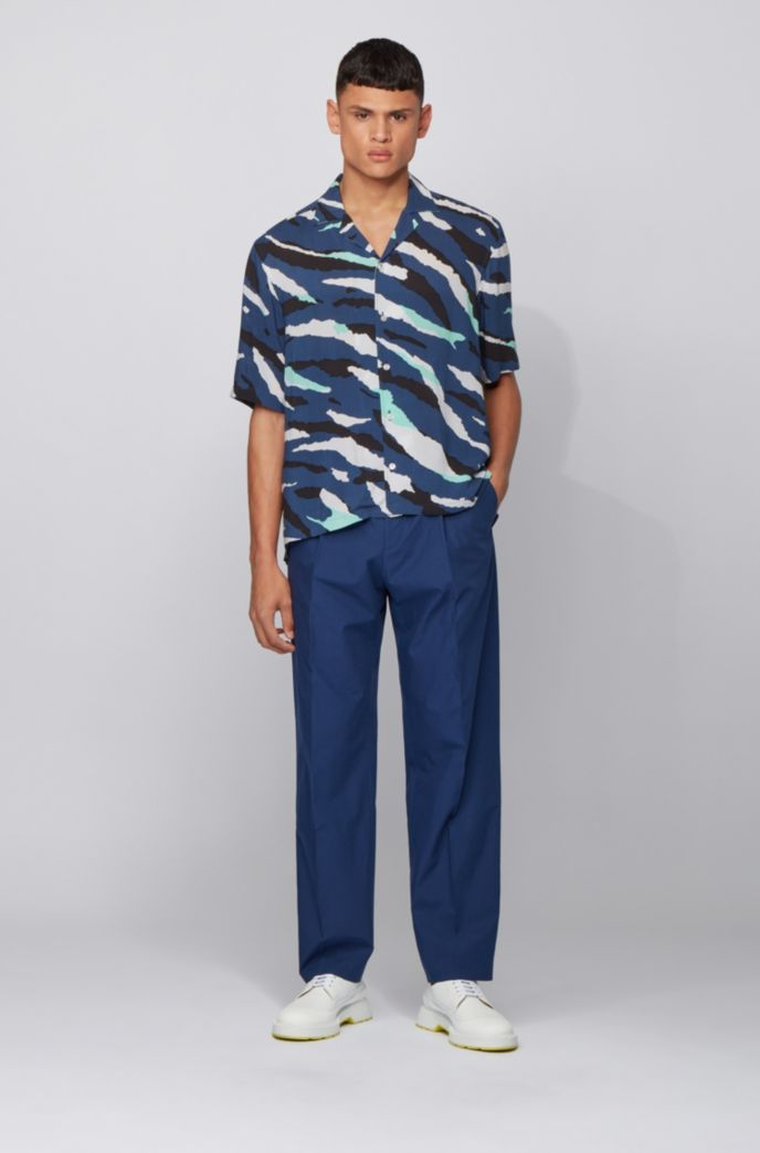 Regular-fit shirt with seasonal print and camp collar