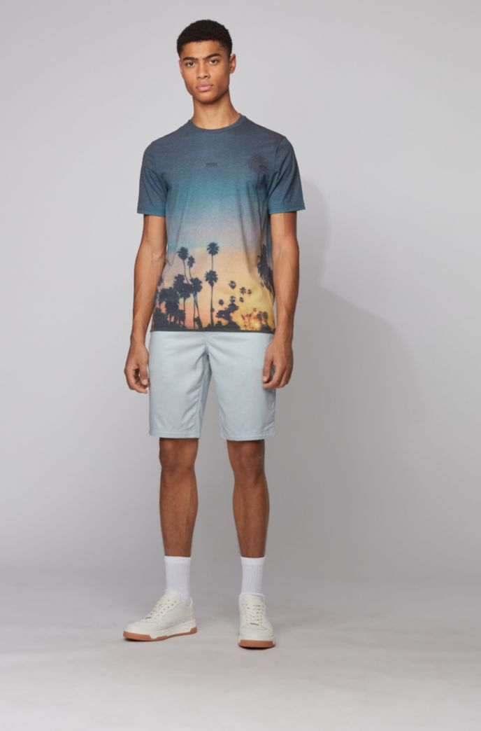 Licht T-shirt met all-over fotografische print