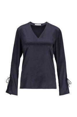Top con cuello en pico de seda elástica con mangas con lazo, Azul oscuro