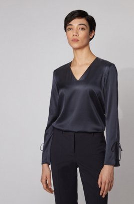 V-neck top in stretch silk with tie-up sleeves, ダークブルー