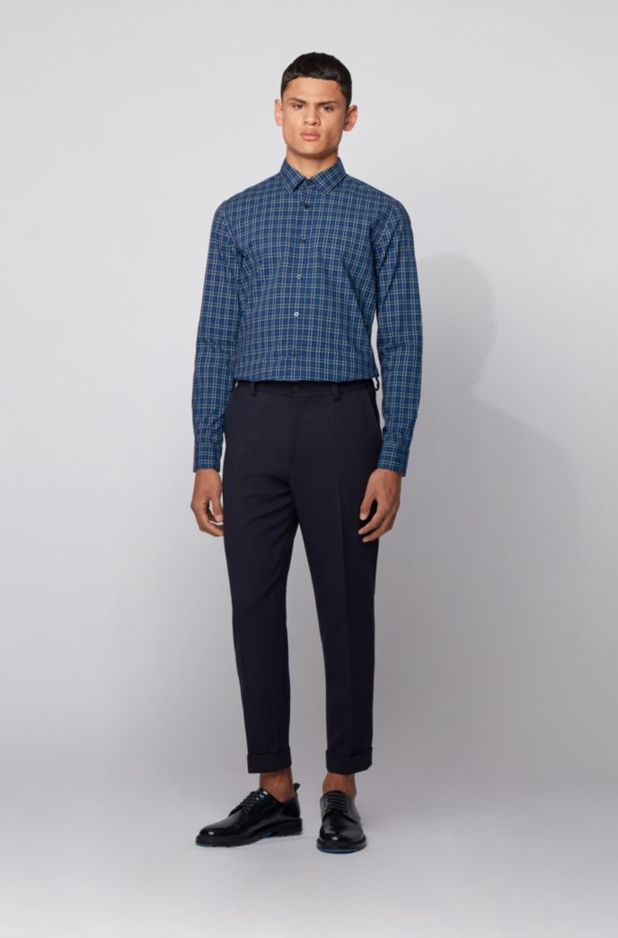 Slim-fit shirt in checked washed cotton