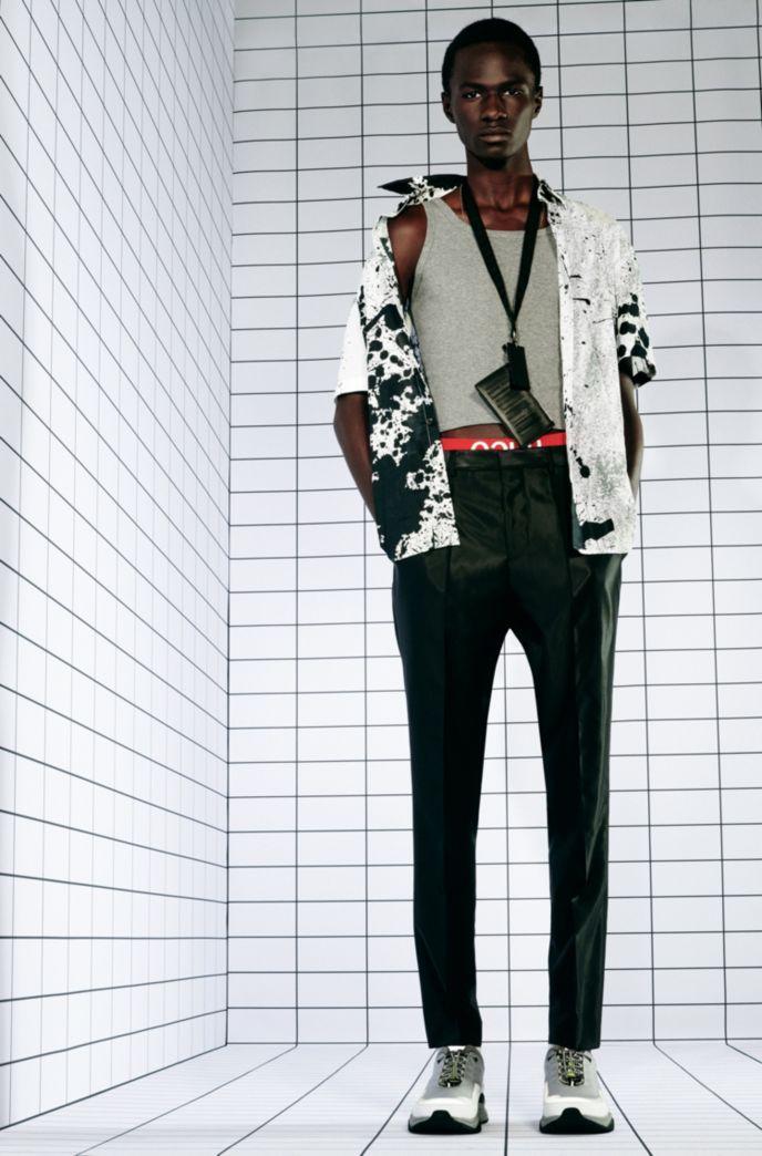 Slim-fit overhemd in katoenen canvas met abstracte print