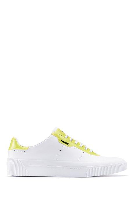 Vetersneakers van nappaleer met glanzende details, Wit