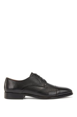 Derby shoes in calf leather with cap toe, Black
