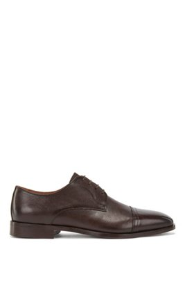 Derby shoes in calf leather with cap toe, Dark Brown