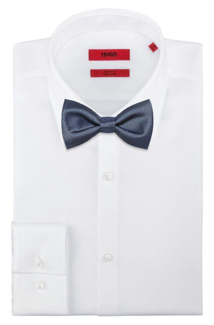 Silk bow tie with geometric jacquard pattern