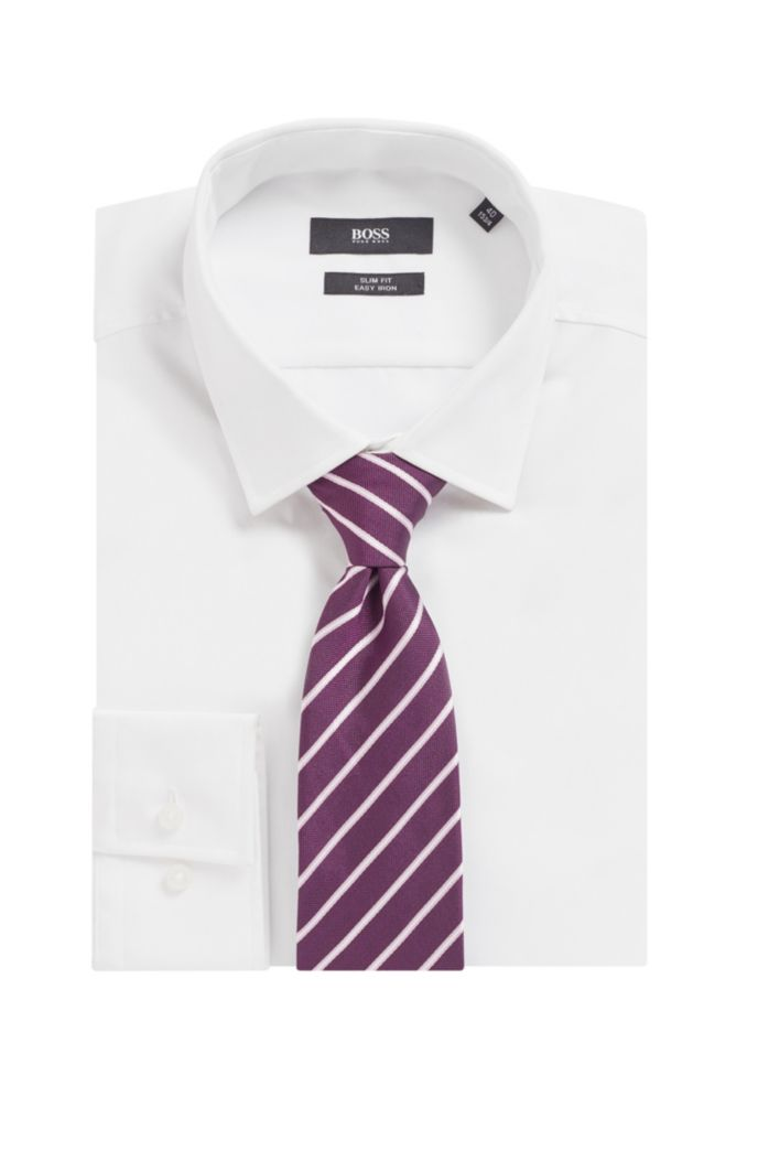 Diagonally striped tie in silk jacquard
