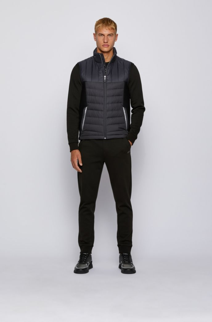 Water-repellent down gilet with stand collar