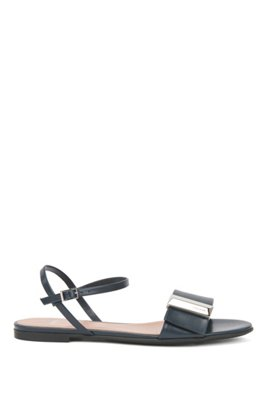 Italian-made sandals in calf leather with pyramid hardware, Dark Blue