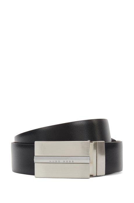 Wendegürtel aus Leder mit pyramidenförmigem Metall-Detail, Schwarz