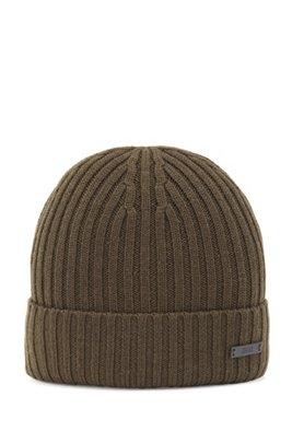 Bonnet en laine vierge côtelée avec badge logo, Chaux