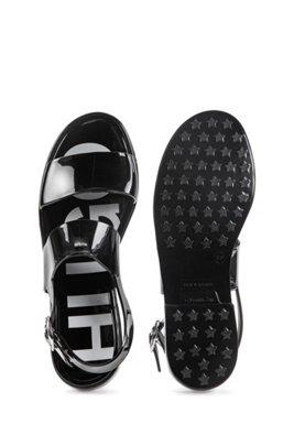 Sandales en PVC brillant confectionnées en Italie, Noir
