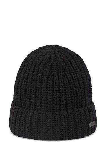 饰以徽标徽章的粗针织毛线帽,  001_黑色