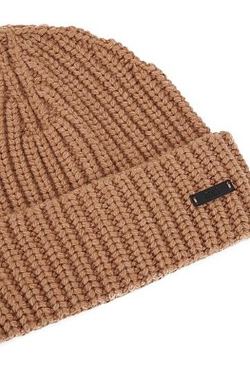 饰以徽标徽章的粗针织毛线帽,  262_中米色