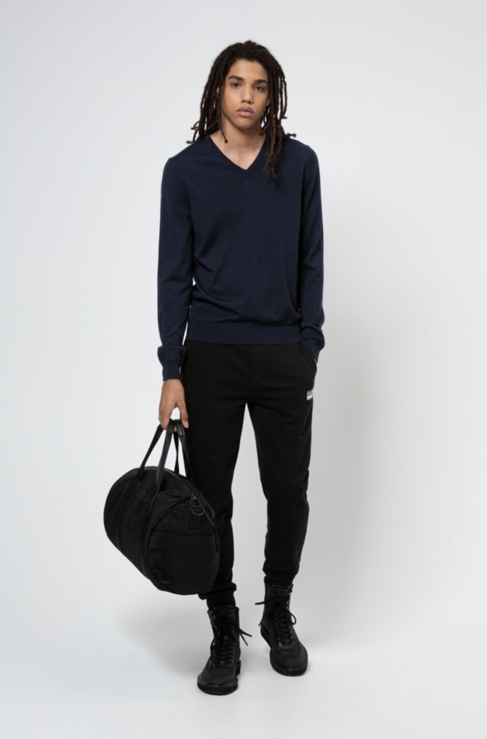 Slim-fit sweater in extra-fine merino wool