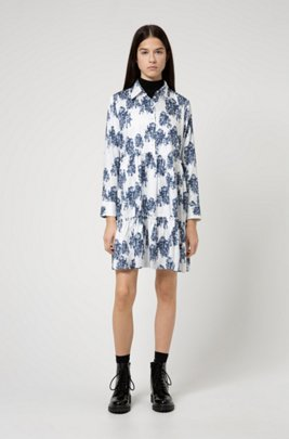 Tunic-style tiered dress with collection-themed toile print, Patterned