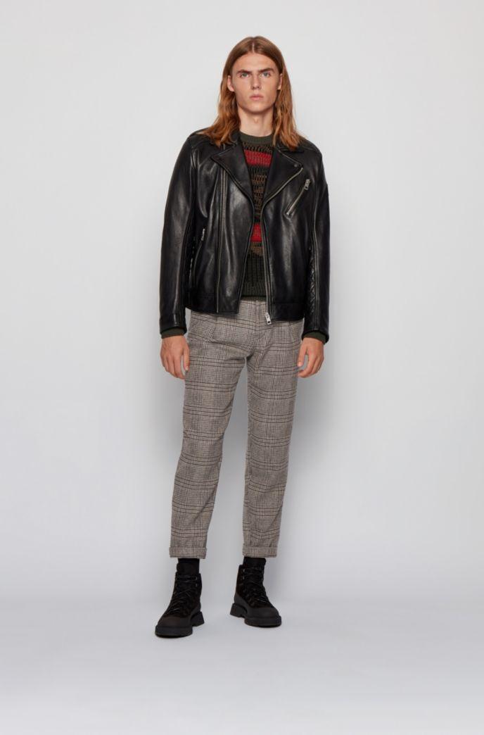Pantalon Relaxed Fit en tissu à carreaux, plissé sur le devant