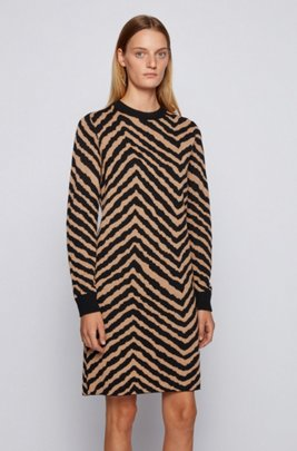 Jacquard-knit dress with collection-themed chevron pattern, Patterned