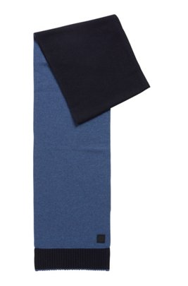 Plain-knit scarf with rubberised logo badge, Dark Blue