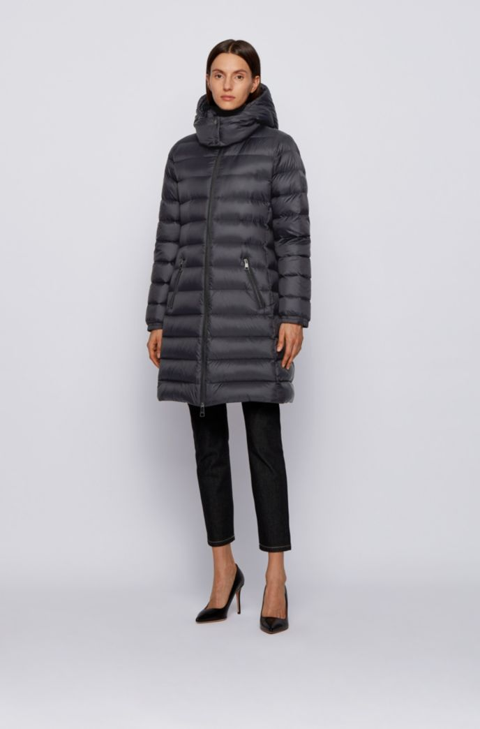 Long-length packable down coat in water-repellent fabric
