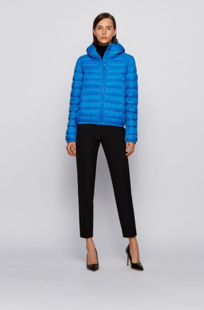 Packable down jacket in water-repellent fabric