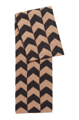 Jacquard-knit scarf with abstract houndstooth pattern, Patterned