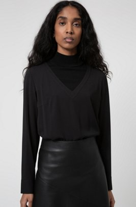 Regular-fit V-neck top in crepe georgette, Black