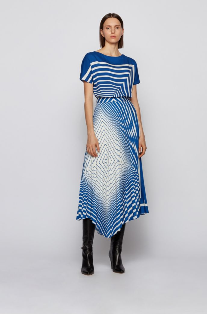 Asymmetric plissé skirt with foulard-inspired stripe print