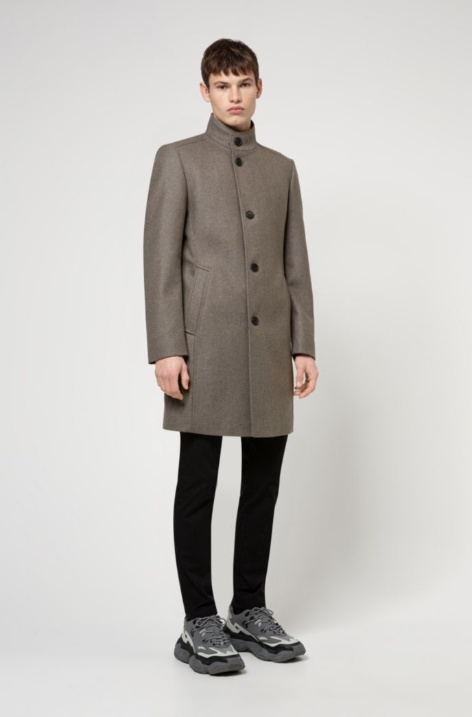Formal coat in a wool blend with wadding
