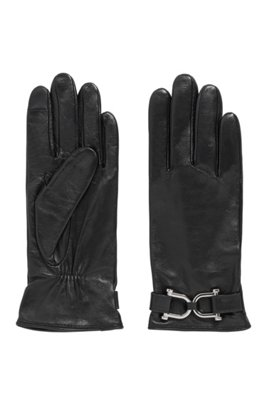 Hardware-trimmed gloves in wet-green® leather, Black
