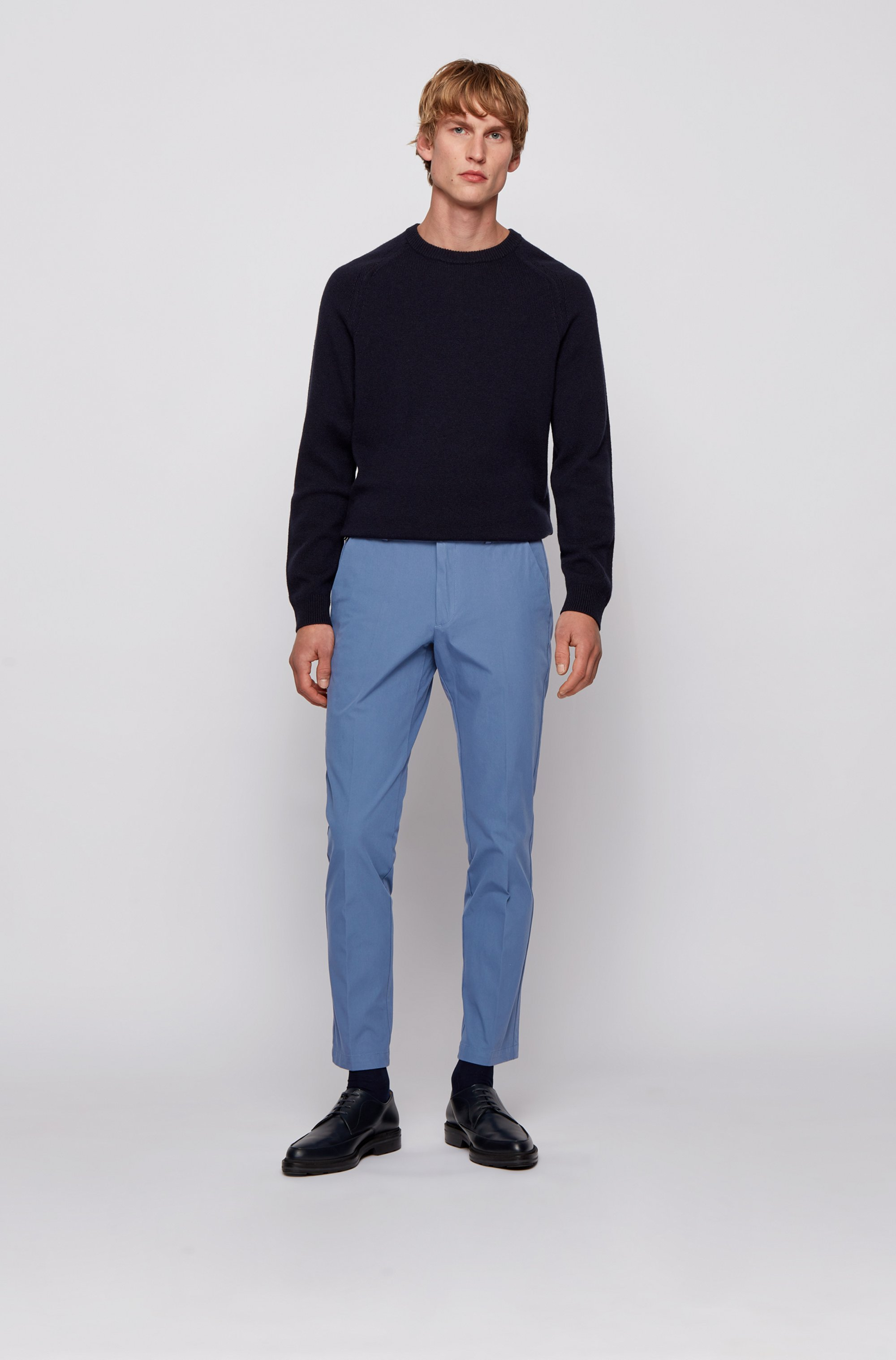 Slim-fit trousers in travel-friendly stretch twill