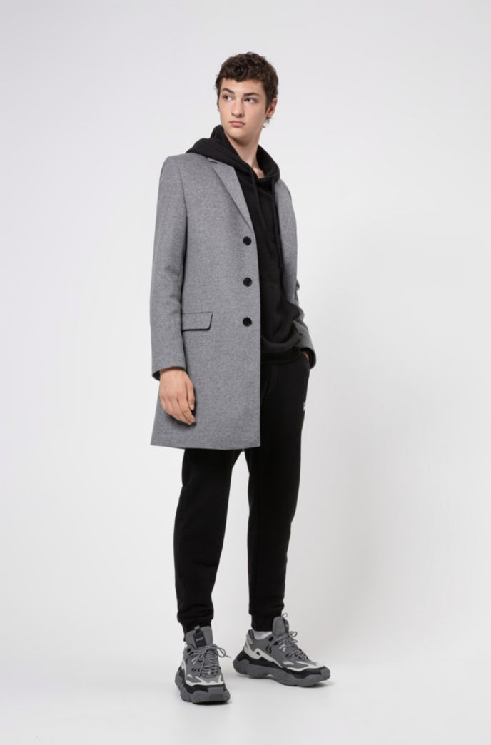 Slim-fit coat in a wool blend with cashmere