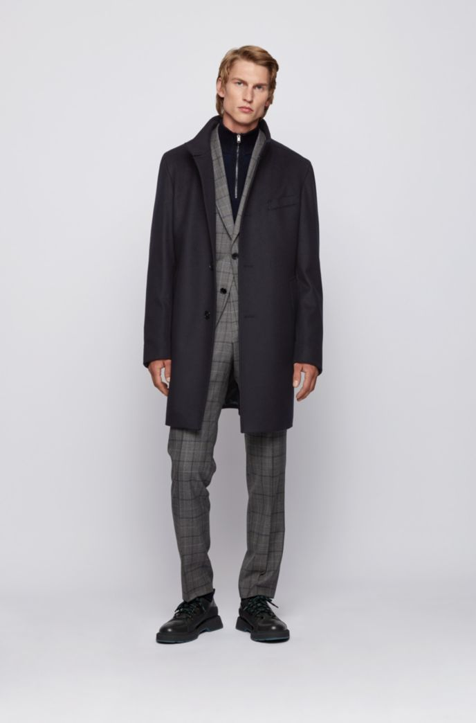 Slim-fit coat in virgin wool and cashmere