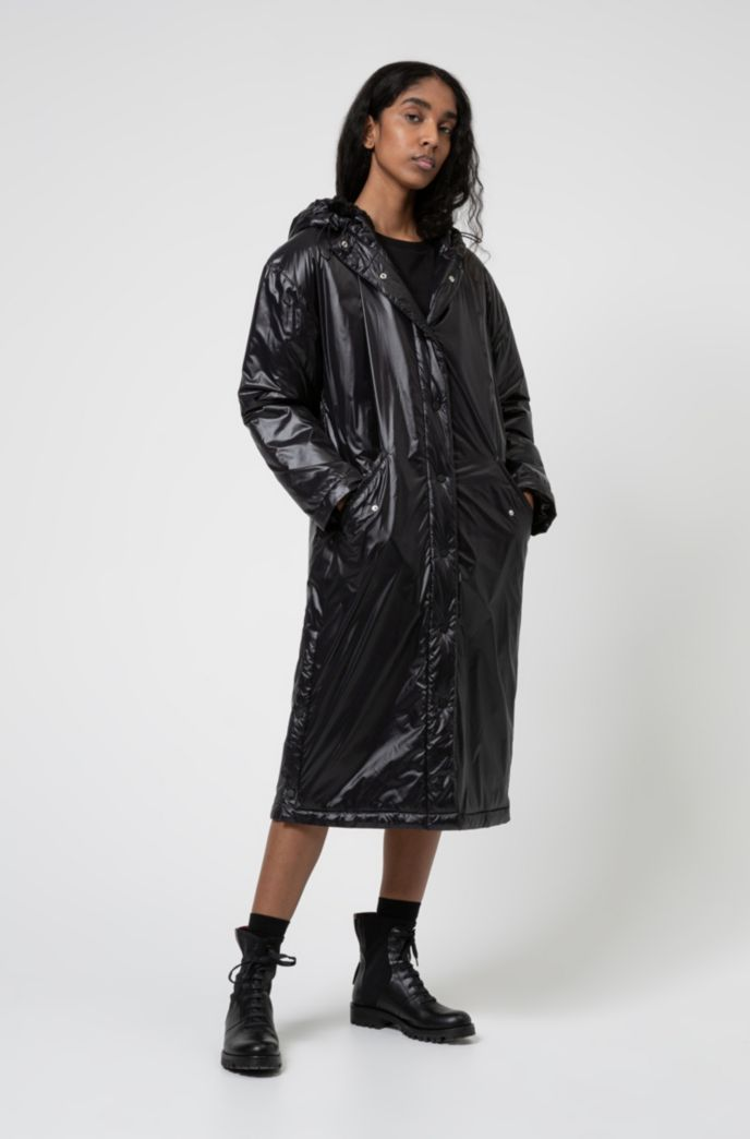 Lightweight parka in recycled material with manifesto artwork