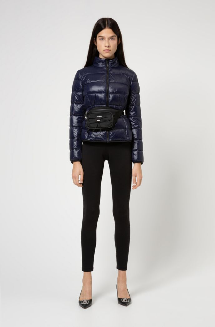 Packable quilted jacket with recycled fibres