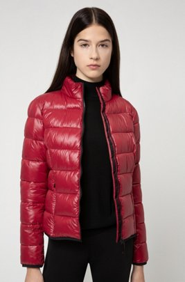 Packable quilted jacket with recycled fibres, Light Red