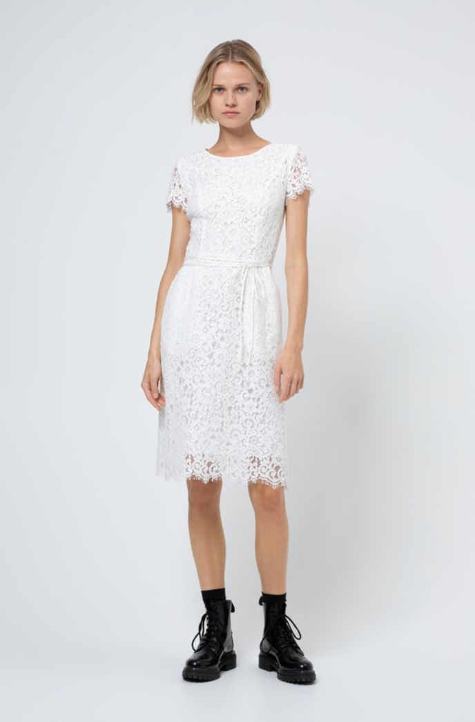 Scoop-neck dress in lace with organic cotton