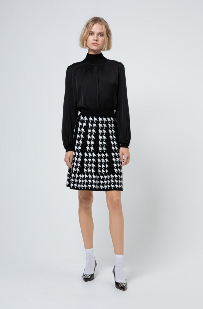 Regular-fit A-line skirt with houndstooth motif