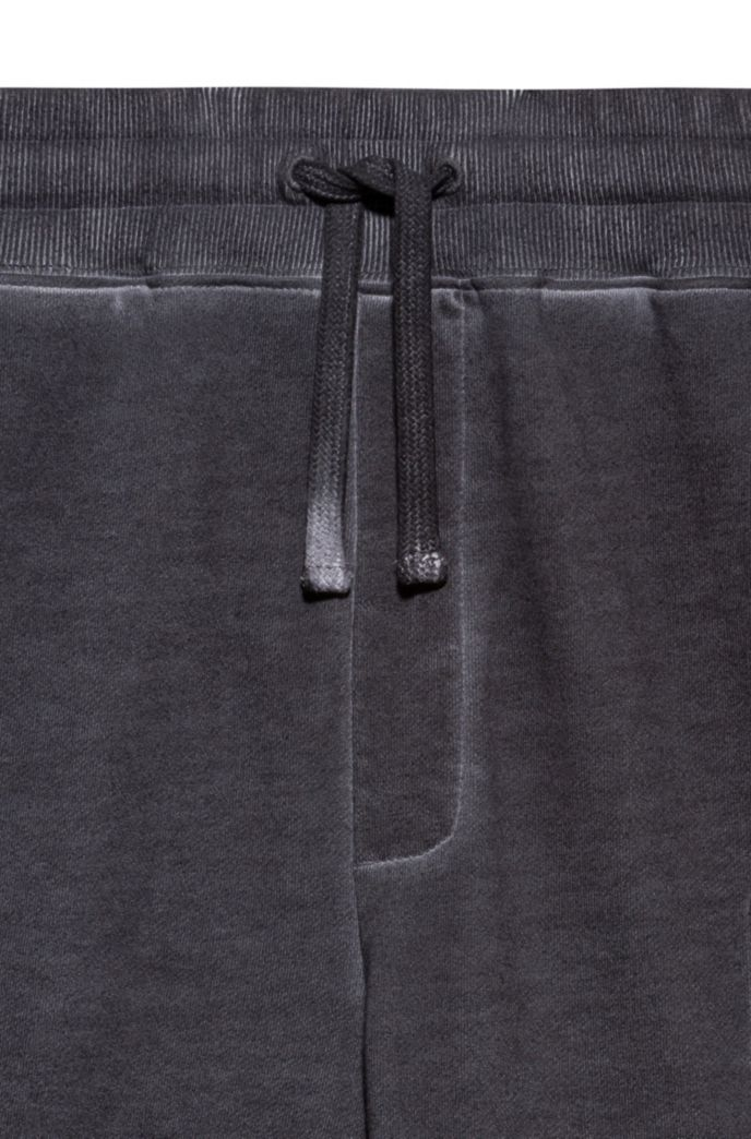 Garment-dyed jogging trousers in Recot2® cotton