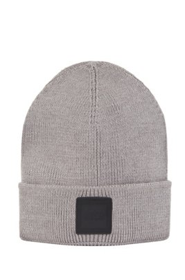 Ribbed beanie hat with rubberised logo badge, Grey