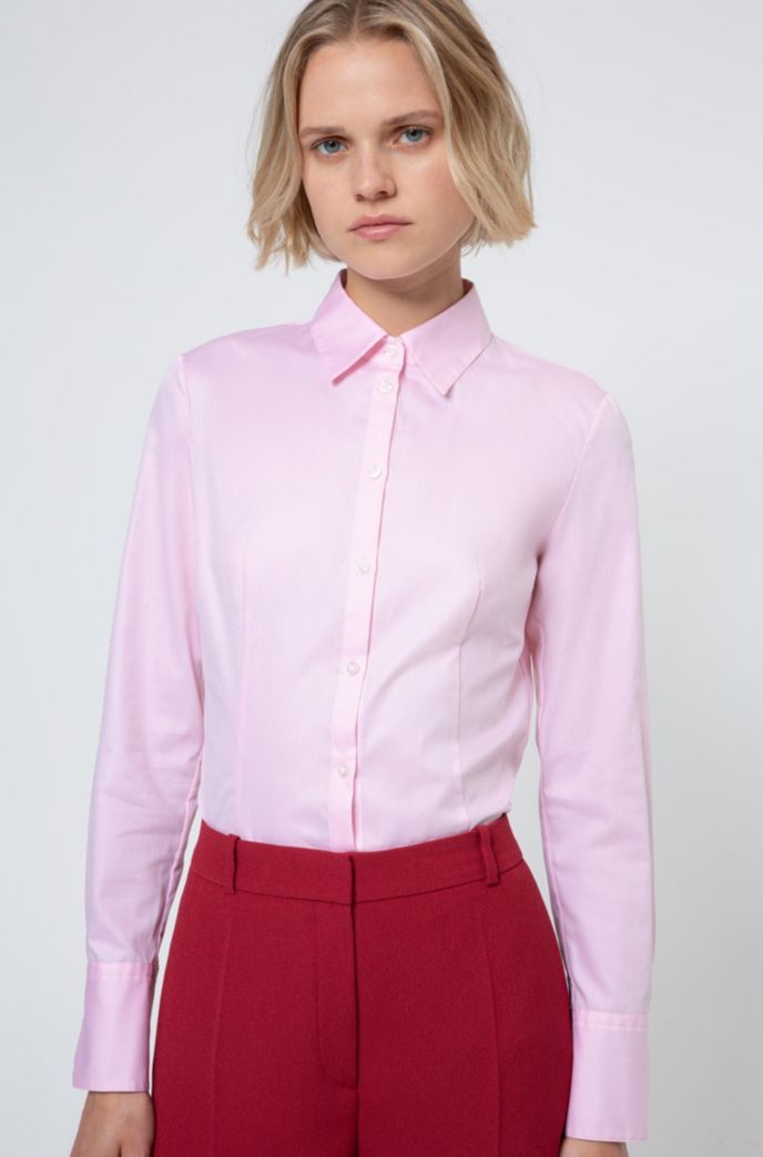 Slim-fit blouse in cotton with point collar