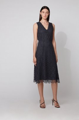 V-neck sleeveless maxi dress in floral lace, Dark Blue
