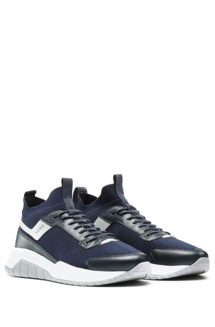 Gestrickte Sock-Sneakers mit Leder-Details