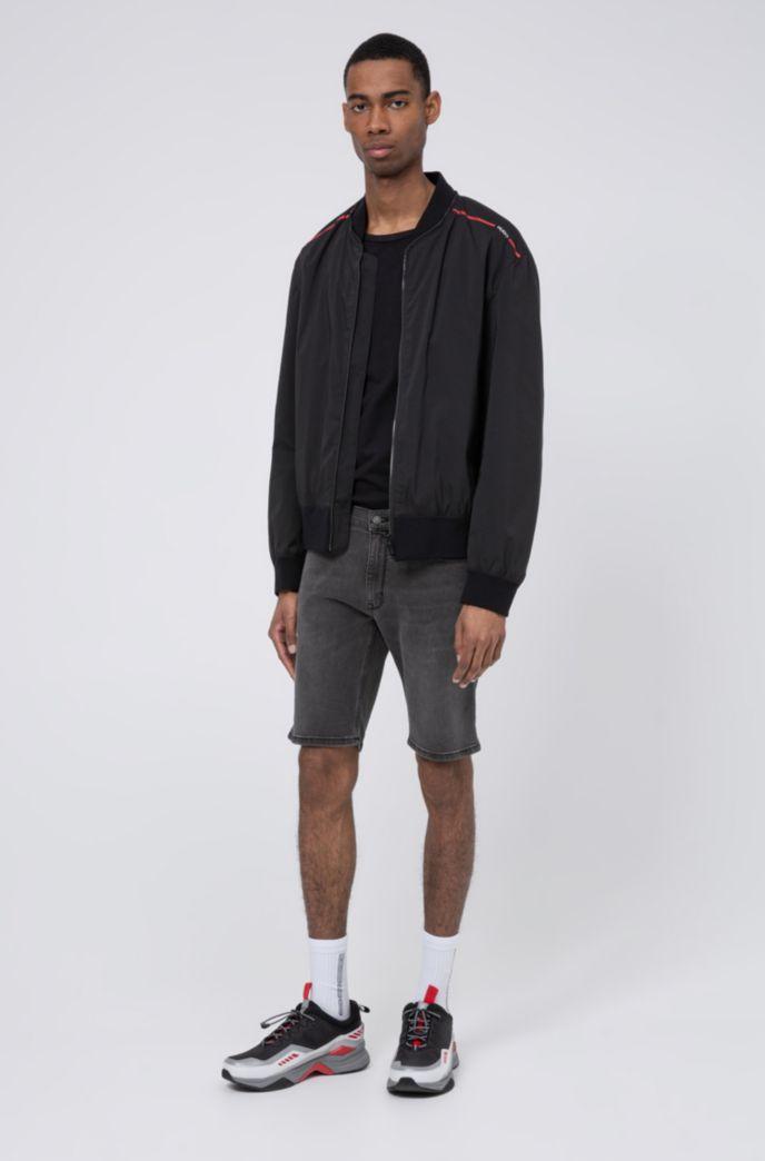 Slim-fit short in extra zwart stretchdenim