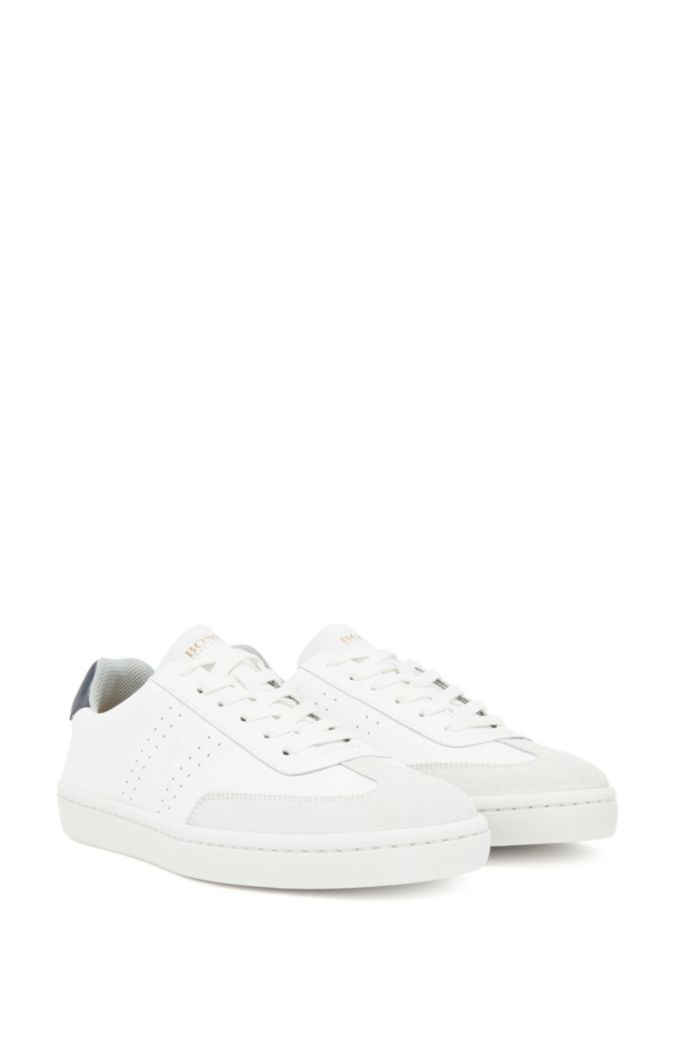 Tennis-style trainers in smooth leather with suede detailing