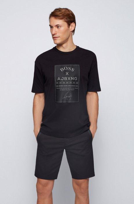 Relaxed-Fit T-Shirt aus Baumwolle mit großem Satin-Label, Schwarz