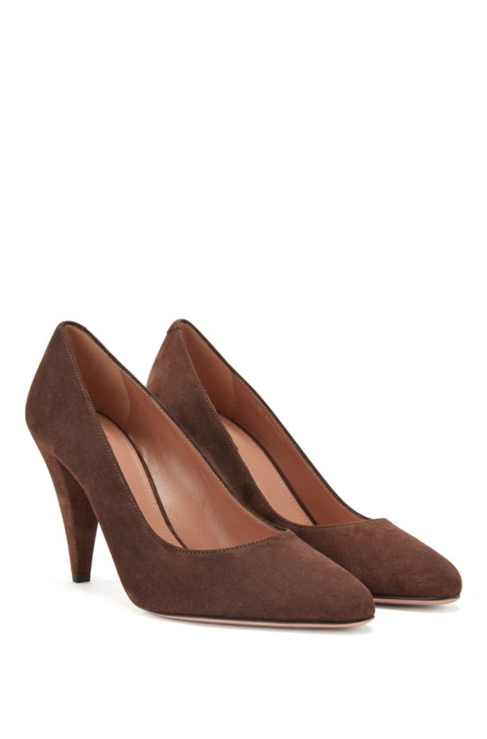 Pumps in Italian suede with 9cm cone heel