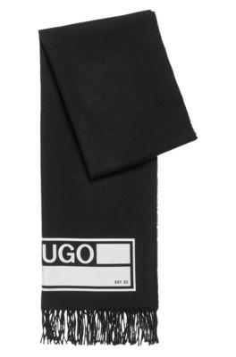 Gebreide sjaal met collectieprint en franje aan de randen, Zwart