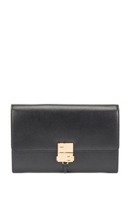 Monogram-clasp crossbody bag in structured leather, Black