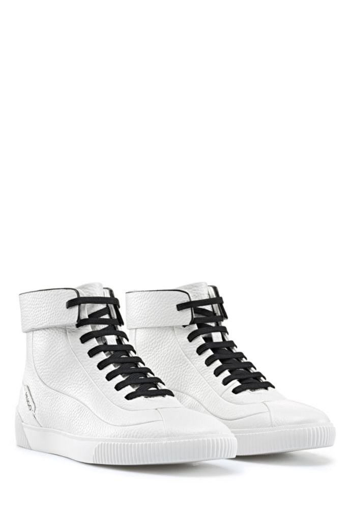 Lace-up trainers in grained leather with zipped heel